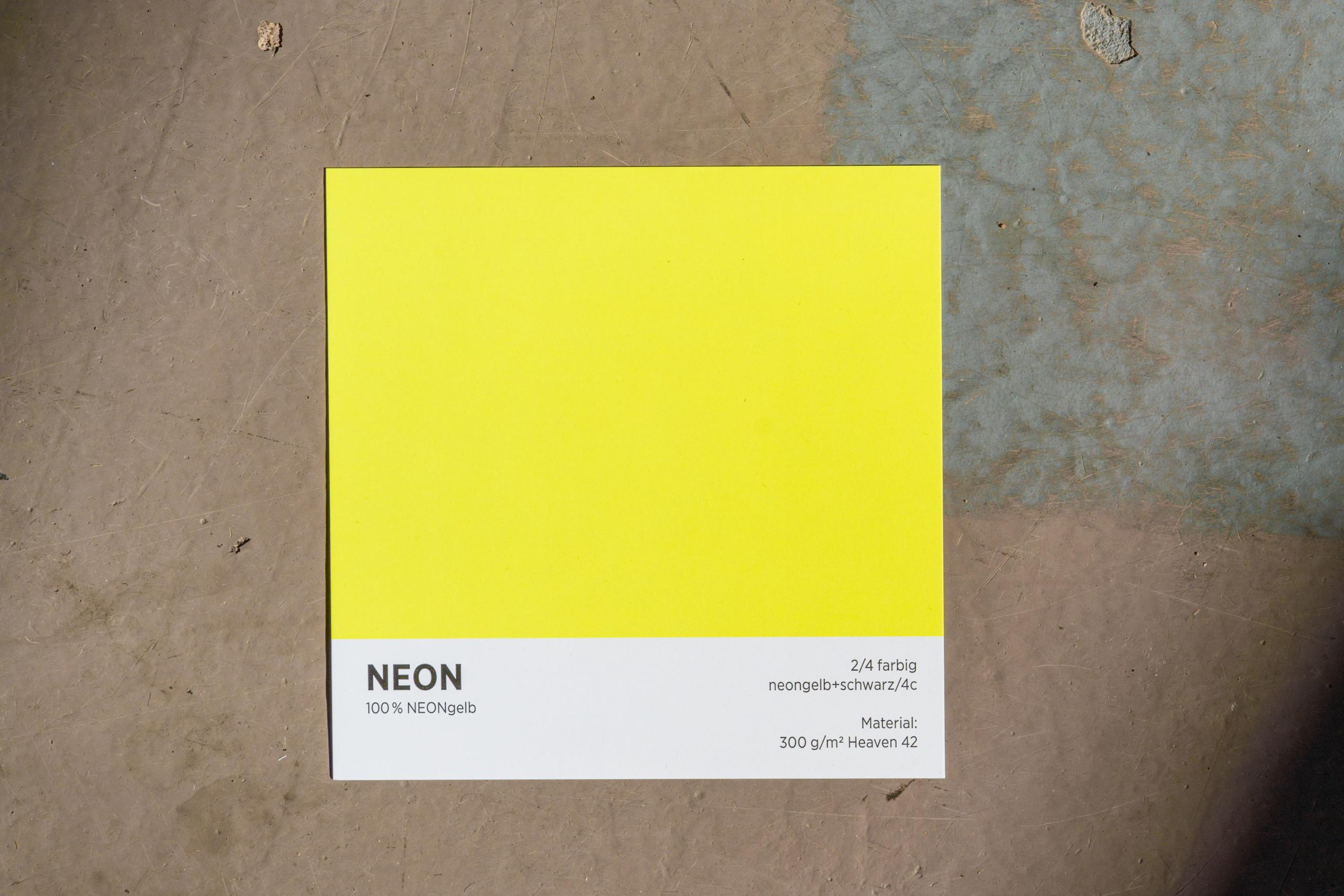 NEON Gelber Digitaldruck auf 300gr Heaven 42